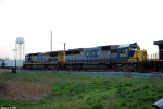 CSX 7590,8601 Q573 work the yard @ Memphis Junction
